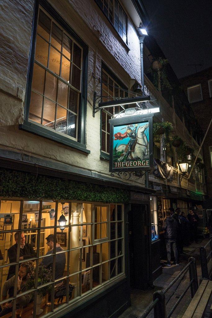 London: Pubs