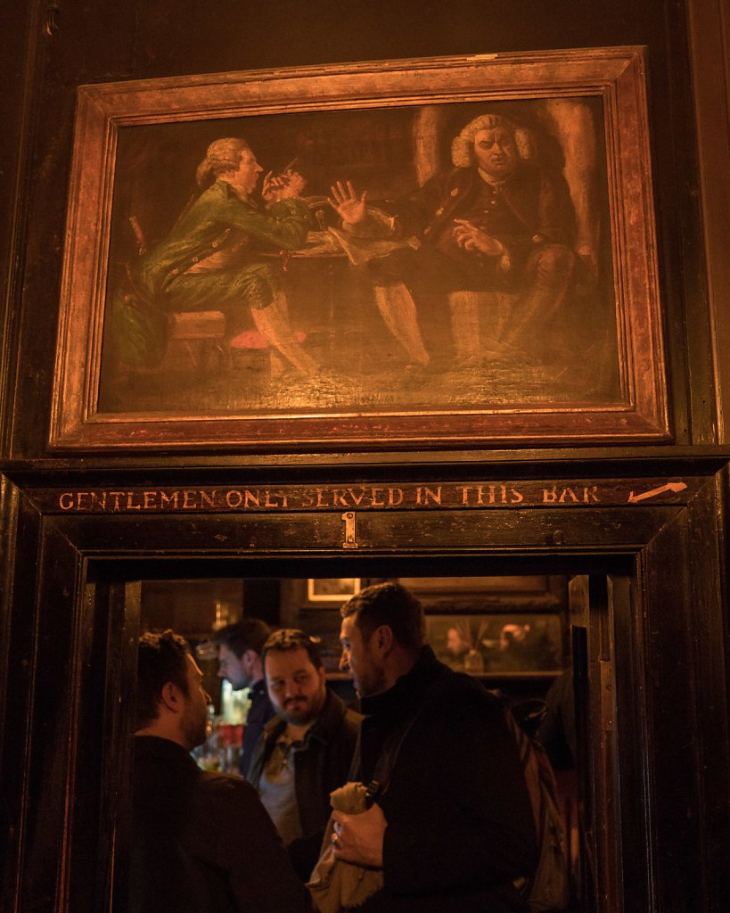 Ye Olde Cheshire Cheese (the English bloke and his crazy French friends pictured adopted me for an impromptu pub crawl after this)